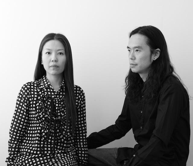 ミントデザインズのデザイナー八木氏(=写真右)と勝井