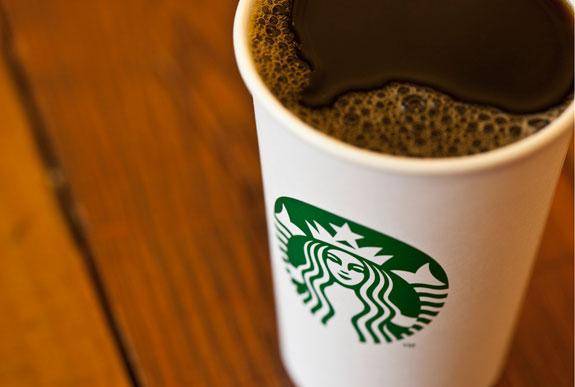 「STARBUCKS COFFEE」2011年 新ロゴ