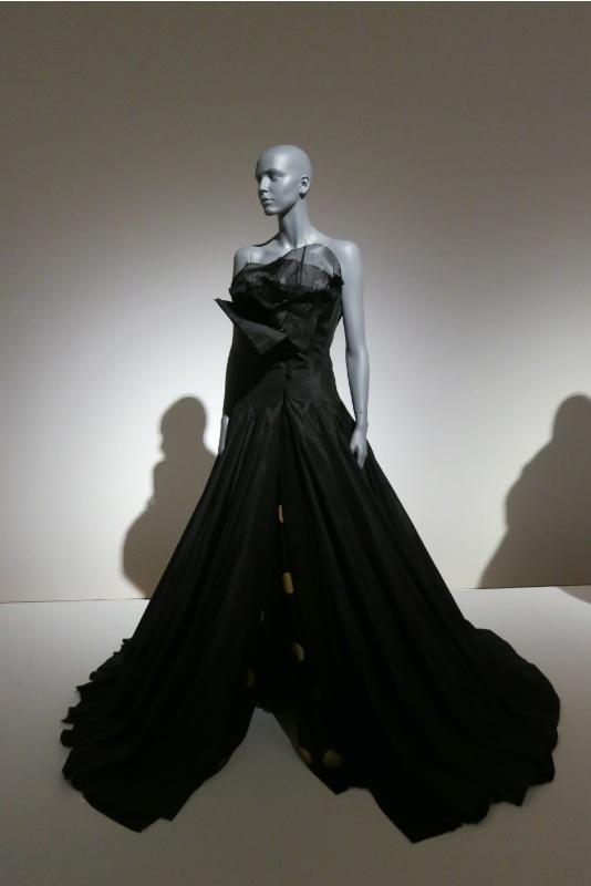 「Future Beauty 日本ファッションの未来性」展