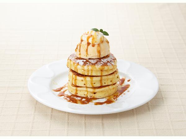 デニーズからピカチュウのパンケーキの画像