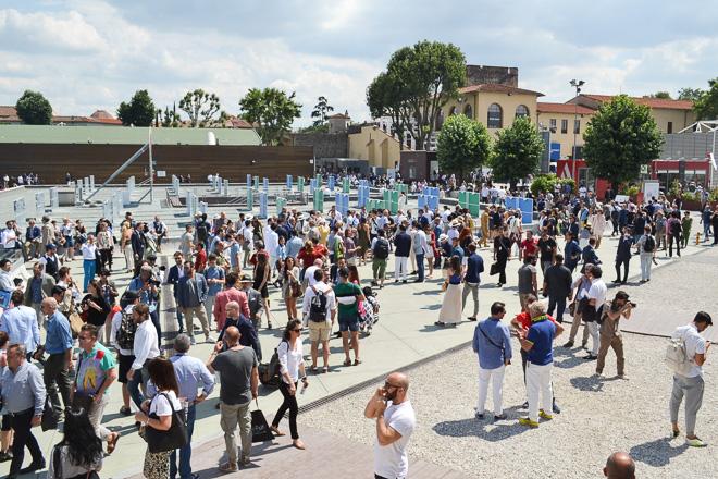 ピッティ・イマージネ・ウオモ 会場中央の広場