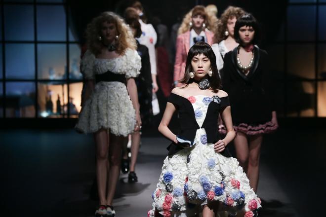 Sretsisの2014−15年秋冬コレクション (c)Fashionsnap.com