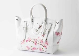 ラルフローレンから桜が描かれたリッキーバッグ登場