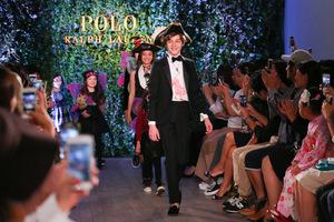 ラルフローレンの子供服ショー開催 ピーターパン実写版主役もモデルに