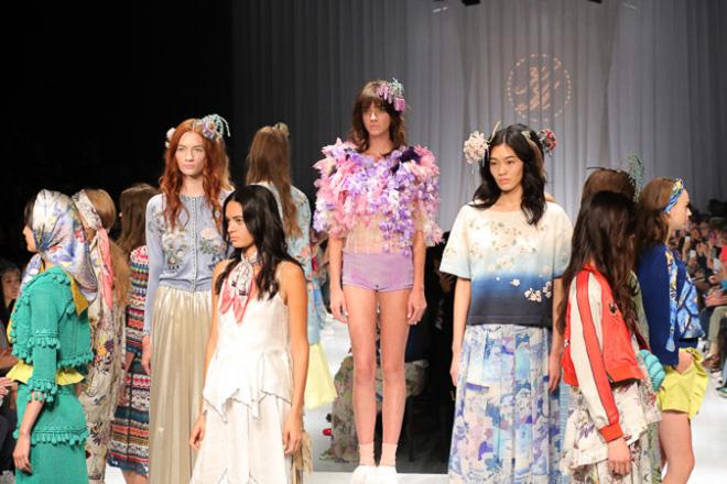 KEITA MARUYAMAの2016年春夏コレクション