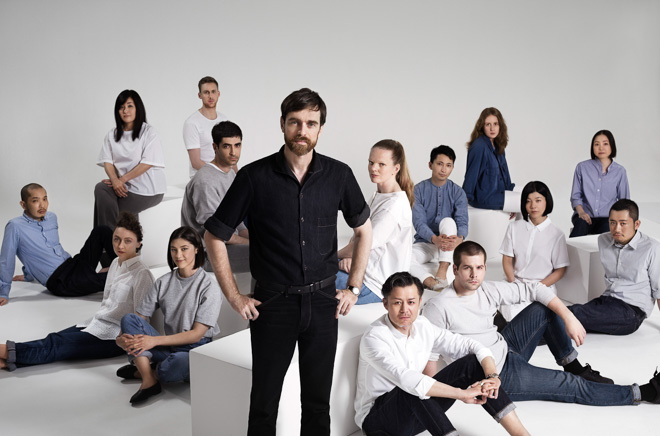 クリストフ・ルメールとユニクロパリ R&Dセンターのチーム