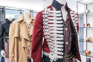 ジェンダーレス、シーズンレス、即売...「バーバリー」による新方式のコレクションが始動