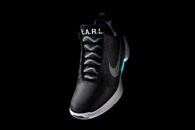 ナイキの自動靴ひも調整シューズ 「HyperAdapt 1.0」発売日が明らかにの画像