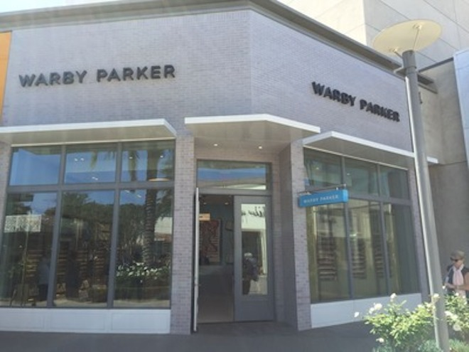オンラインアパレルブランドのボノボス&ワービーパーカー、最大1,000店舗展開を予定の画像