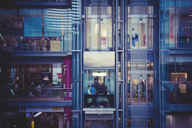 販売員が「ファッションビル・複合商業施設」で働くメリットとは?の画像