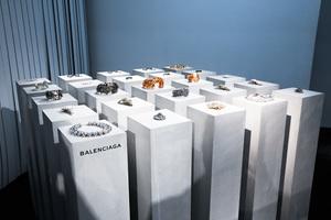 青山のセレクトショップ「アデライデ」 25周年記念でバレンシアガのアーカイブジュエリー展示