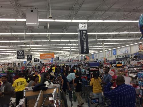 米ブラックフライデー、ショッピングの主戦場はオンラインへの画像