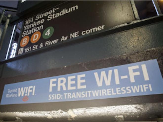 NYの全地下鉄駅で無料Wi-Fiが使えるようにの画像