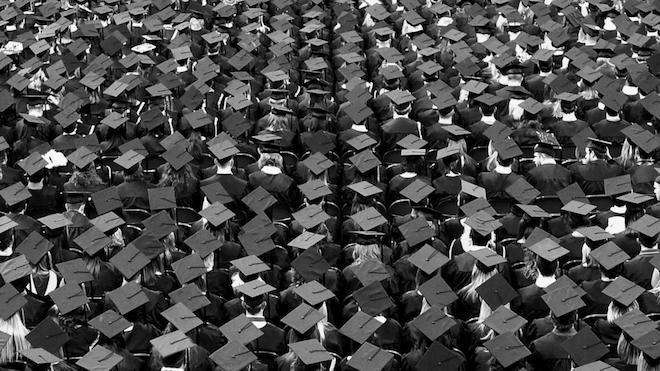 「企業化」するロンドン大学の画像