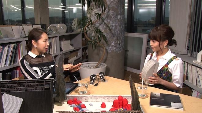 番組の様子(左から永山祐子、清川あさみ)