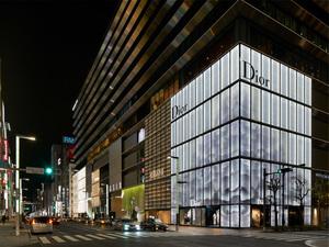 「ディオール」ウィメンズとメンズのイベントを東京で同日開催、デザイナーがそろって来日