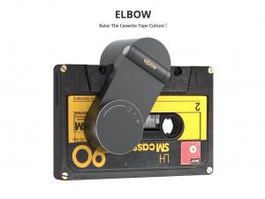 カセットテープを聞いてることを
