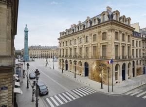 「ルイ・ヴィトン」メゾンを象徴する地パリ・ヴァンドーム広場に新店舗オープン