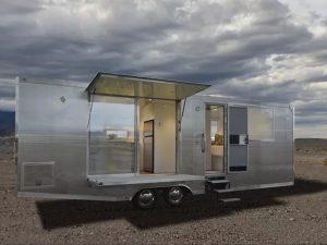6人まで寝泊まりできるトレーラー「Living Vehicle」登場の画像