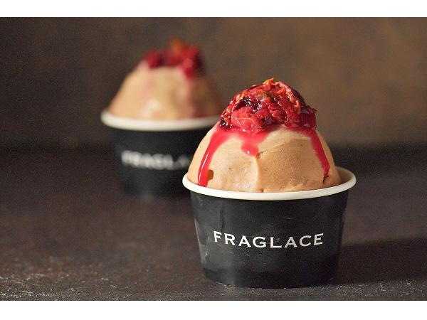 香りを食べる体験、最高級のバラを使ったアイスブランドが新登場の画像