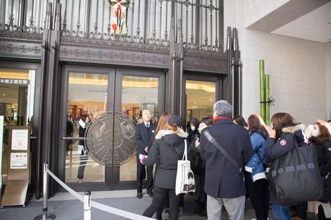 伊勢丹新宿本店本館の開店直前の様子