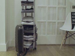 アコーディオン式収納棚付きのスーツケース「Lifepack」登場