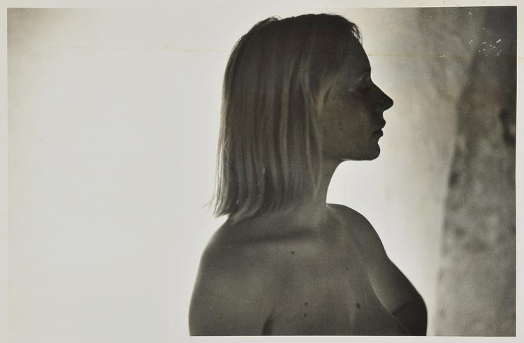 制作年:c.1978年 技法:ゼラチンシルバープリント、木製パネル サイズ:Image size: 52.0×80.0cm/Panel size: 61.7×89.9cm