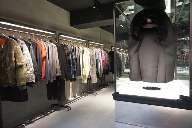 デザイナーブランドの古着を集積、未来ガ驚喜研究所が新業態オープンの画像