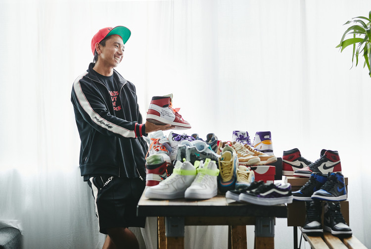 OUT OF STOCK SNEAKERS 2017-2018 ビジュアル
