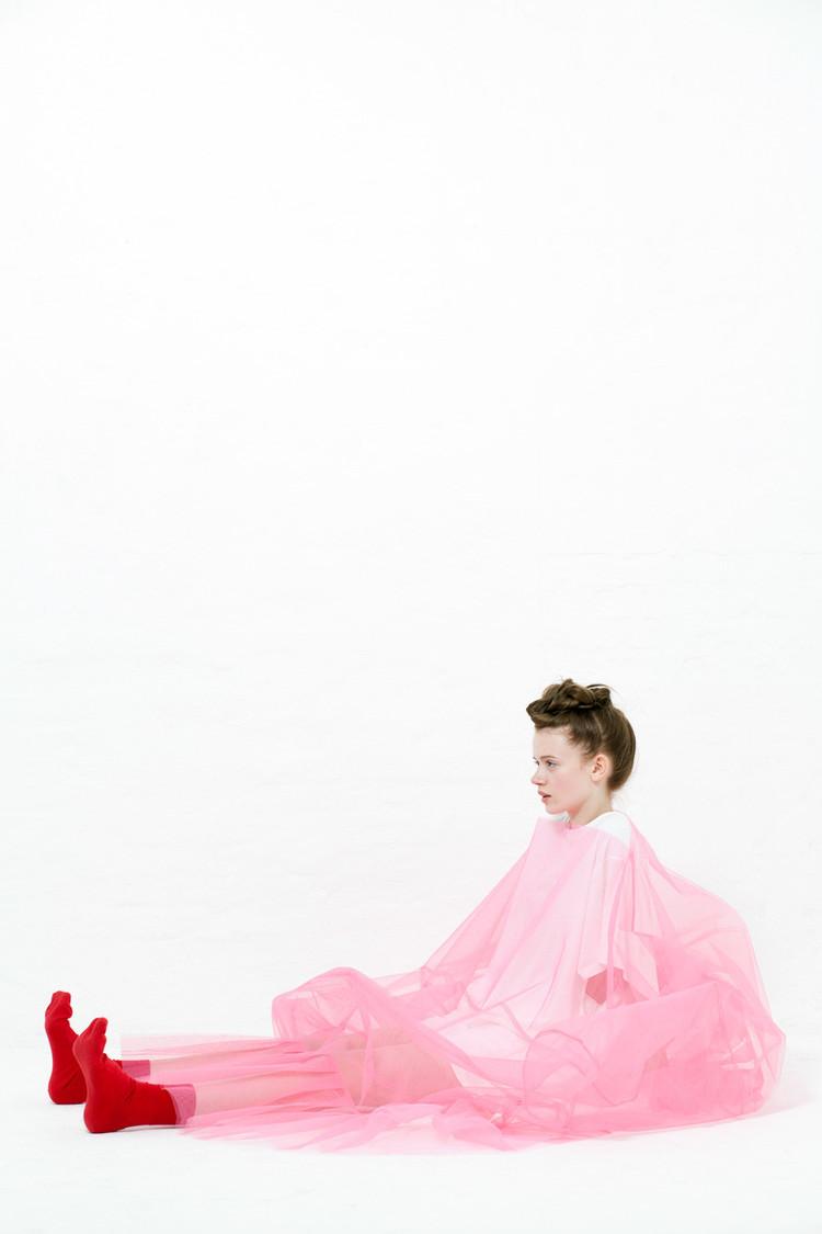 THERIACA《Sofa》2018  photo:Mizuki Kin  hair&make:Sayuri Sakairi