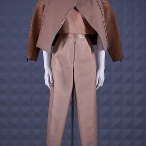 フィービーによるセリーヌ1stコレクションがLAILA TOKIOで発売