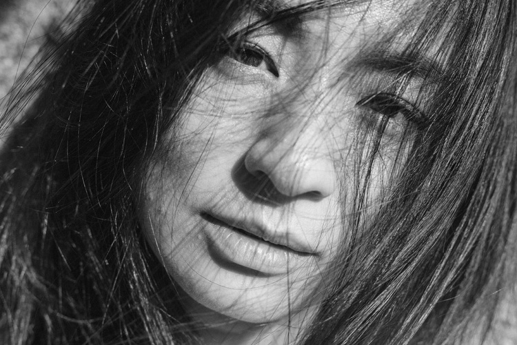 川島小鳥写真展「つきのひかり あいのきざし」~尾野真千子と川島小鳥~