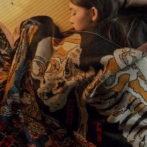 葛飾北斎の「神奈川沖浪裏」など、ストラマが日本画ストールコレクション発売