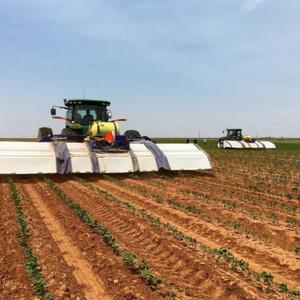 人工知能で雑草だけをピンポイントで除草するロボット登場