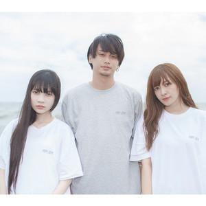 コミュニケーションのきっかけに「平成ゆとりTシャツ」発売