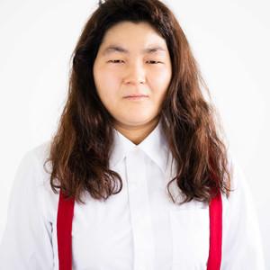 """女芸人「ゆにばーす」はらの""""詐欺すぎメイク""""本が発売"""