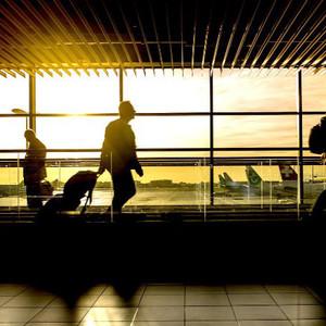 世界各地の空港情報を網羅、空港アプリ「FLIO」に注目