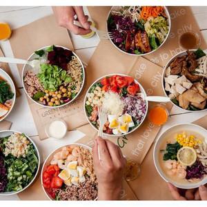 NYスタイルのサラダカフェが青山にオープン