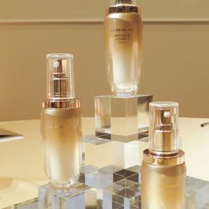 化粧ノリの良い肌へと導く「カバーマーク」から新美容液が登場