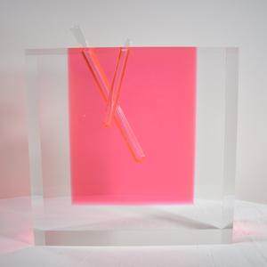 デザイナー 倉俣史朗の作品を紹介する企画展が駒込で開催