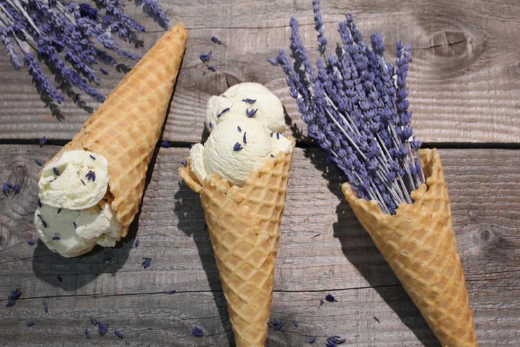 ラベンダーアイスクリーム