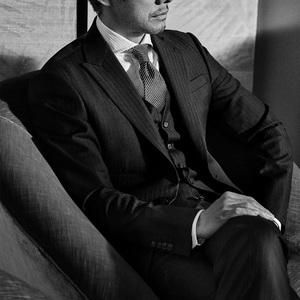 西島秀俊、ジョルジオ アルマーニの広告に4シーズン連続起用