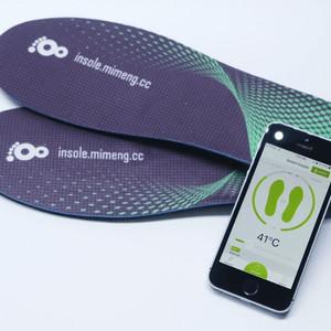 スマホで足元の温度を調節できるスマートインソール「Mimeng」登場