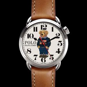 ラルフローレン、創設50周年を記念したポロベアモチーフの時計を発表