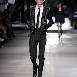 エディ・スリマンによる「セリーヌ」パリメンズファッションウィークに初参加
