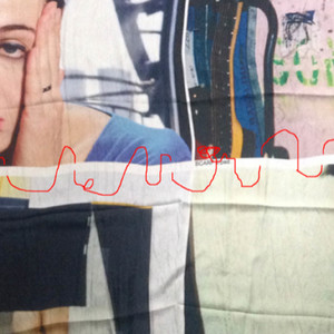 「TOGA 」スカーフをアートピースとして展示、4アーティストにフィーチャー
