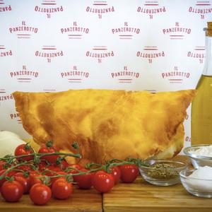 ミラノで人気の包み揚げピザ専門店「イル パンツェロット」が初上陸、代官山にオープン