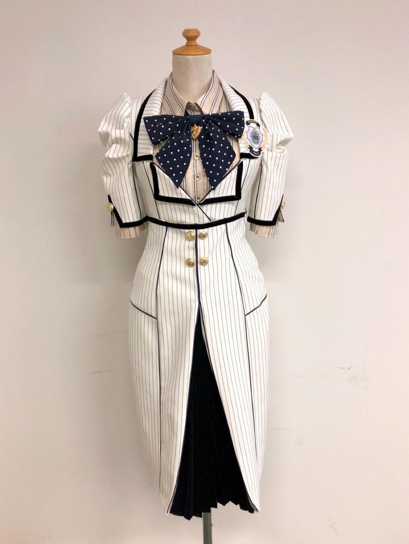 685c2b4577b74 AKBグループの様々な衣装を手掛けているオサレカンパニーによるオリジナル衣装で、茅野しのぶさんがデザインしました。