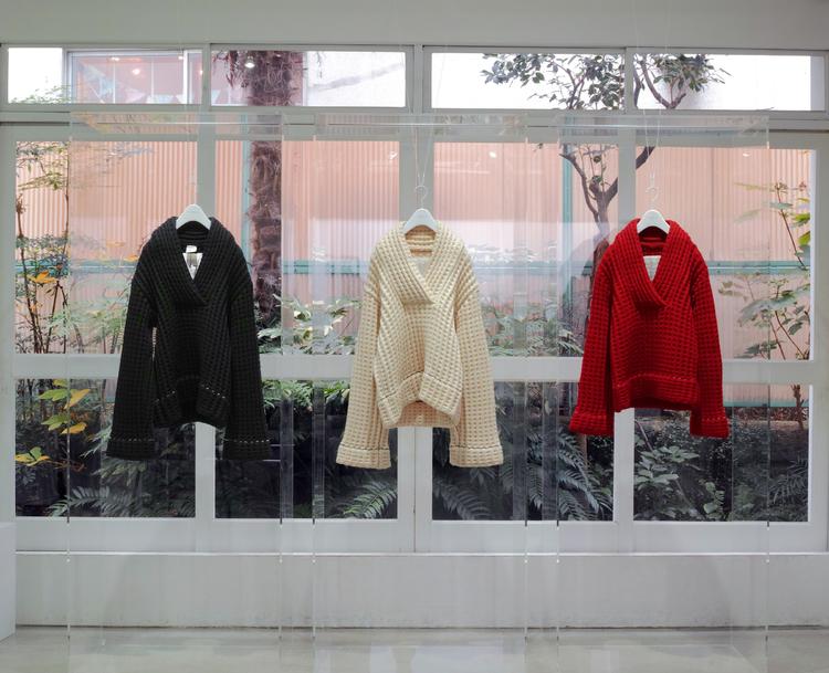 特別展示される1994年秋冬コレクション「DOLL」コレクションピース(※非売品)