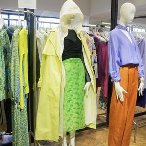 UAの新レーベル「イウエン マトフ」が19年春夏シーズンにデビュー、大人が着るフェミニンを提案